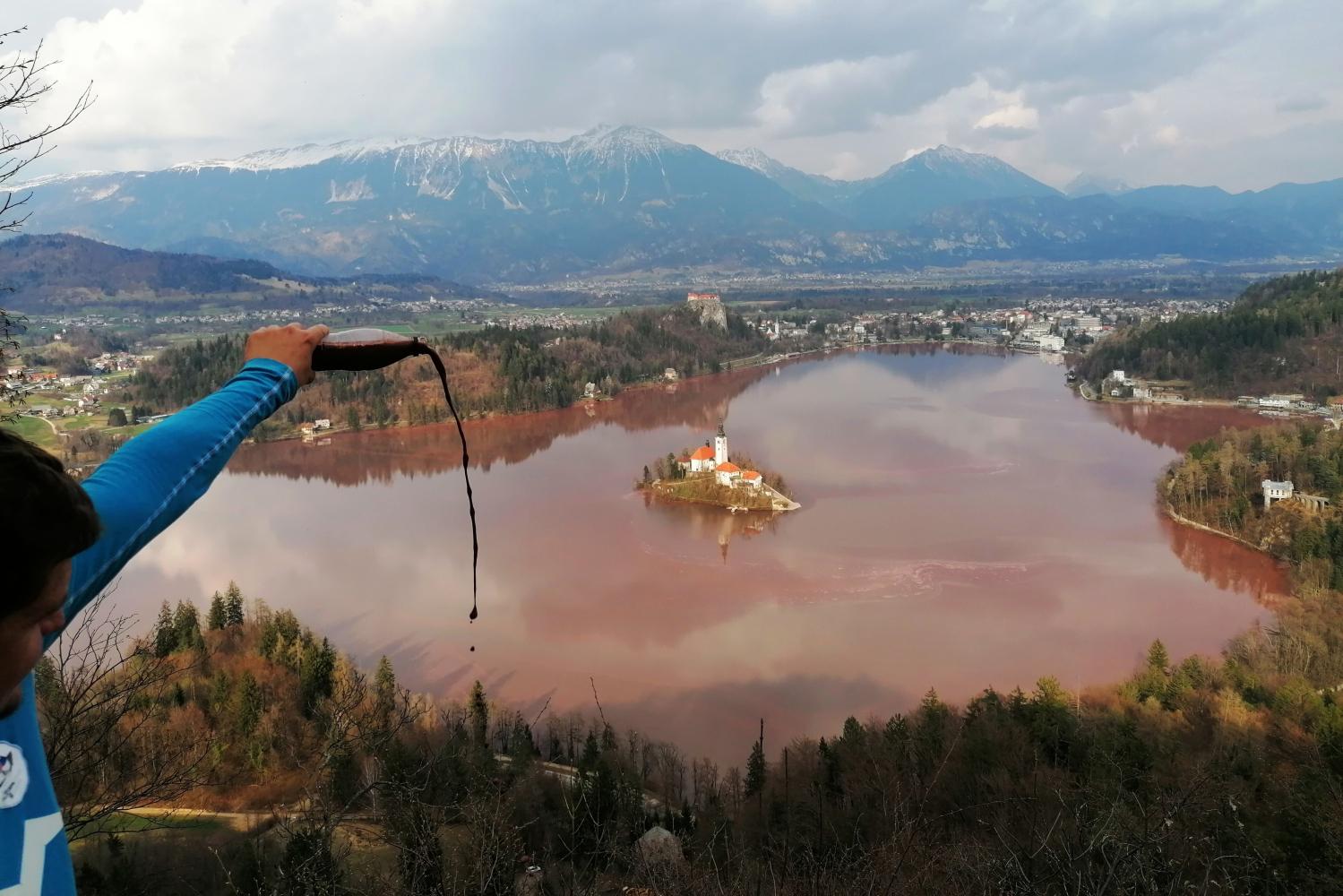 poleg-clovestva-potrebuje-pomoc-tudi-jezero