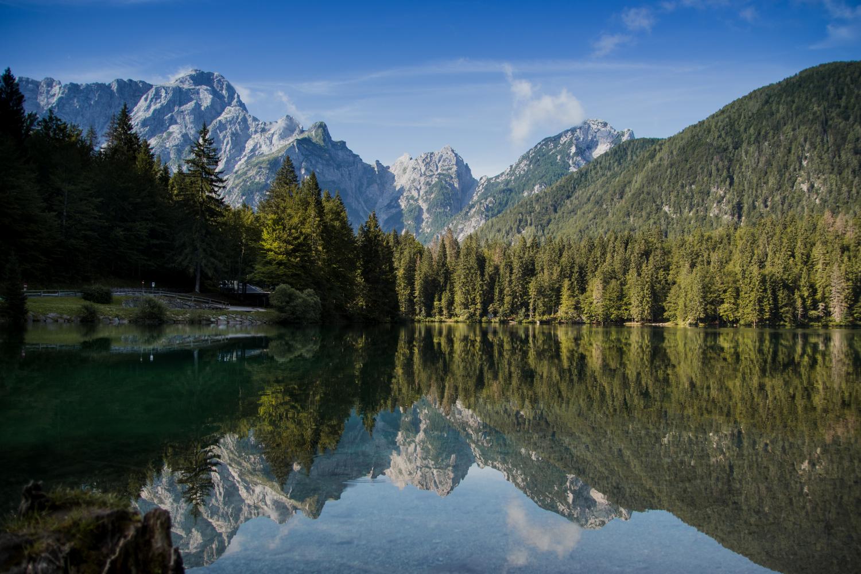 tudi-v-odsevu-vidi-se-gorska-lepota_0