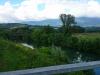 nasip-na-desnem-bregu-vipave-od-cestnega-mostu-draga-proti-zelezniskemu-mostu-v-prvacini_1409-800x450_0